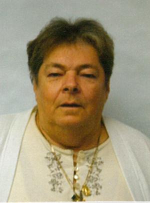Mme Denise Brunet