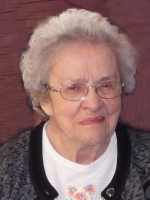 Mme Lucille Benoit Brisson