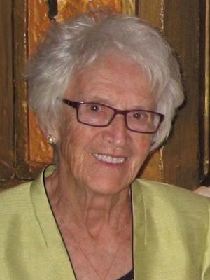 Mme Madeleine Léger