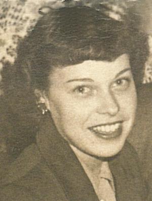 Mme Gisèle Larocque Benoit