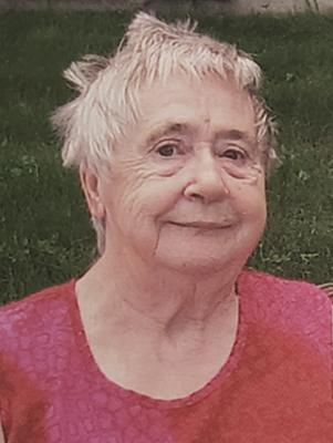 Mme Louise Viau
