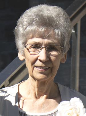 Mme Jeanne D'arc Garneau Tremblay