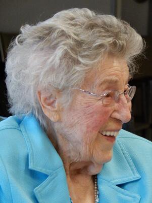 Mme Irène Brouard Dallaire