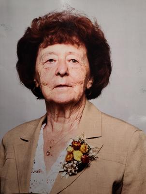 Mme Simone Favre Pittet