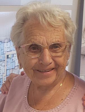 Mme Thérèse Farand Royal