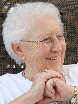 Mme Rita Côté Jean